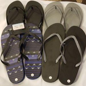 Other - Men's Flip Flops Bundle of 4